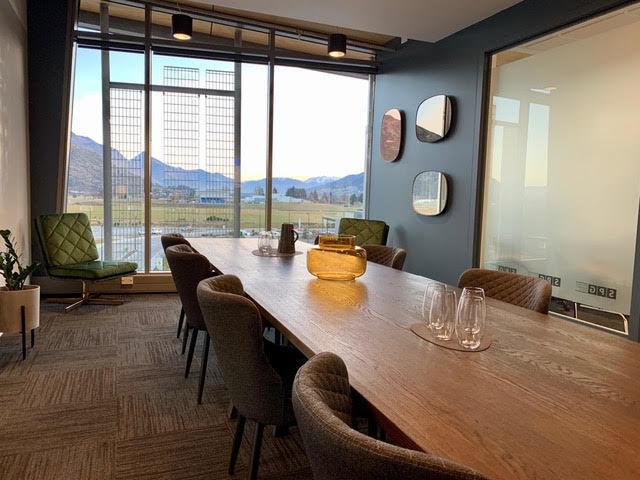 Mountain Club Boardroom